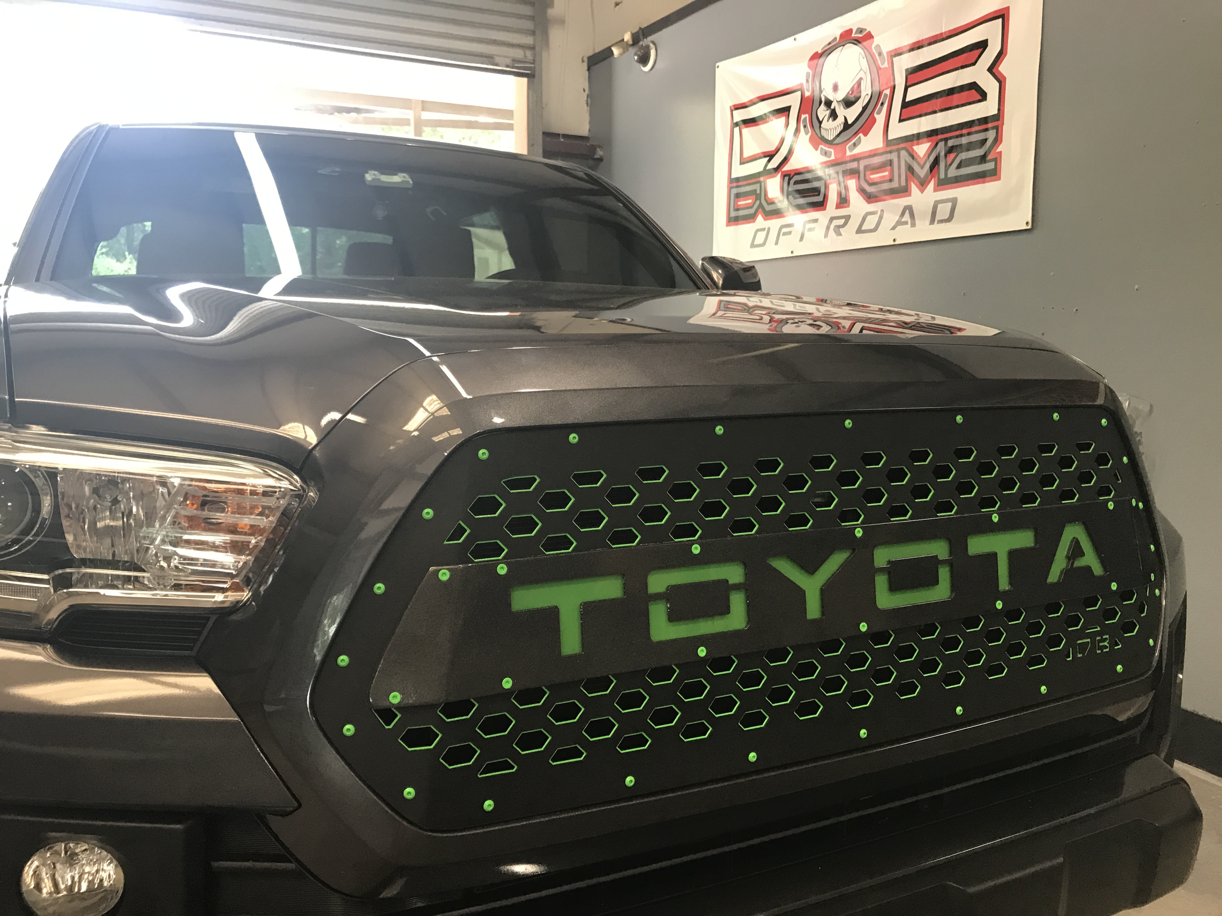 DB Customz 2016-2018 TACOMA X2 SERIES DROP-IN GRILLE INSERT