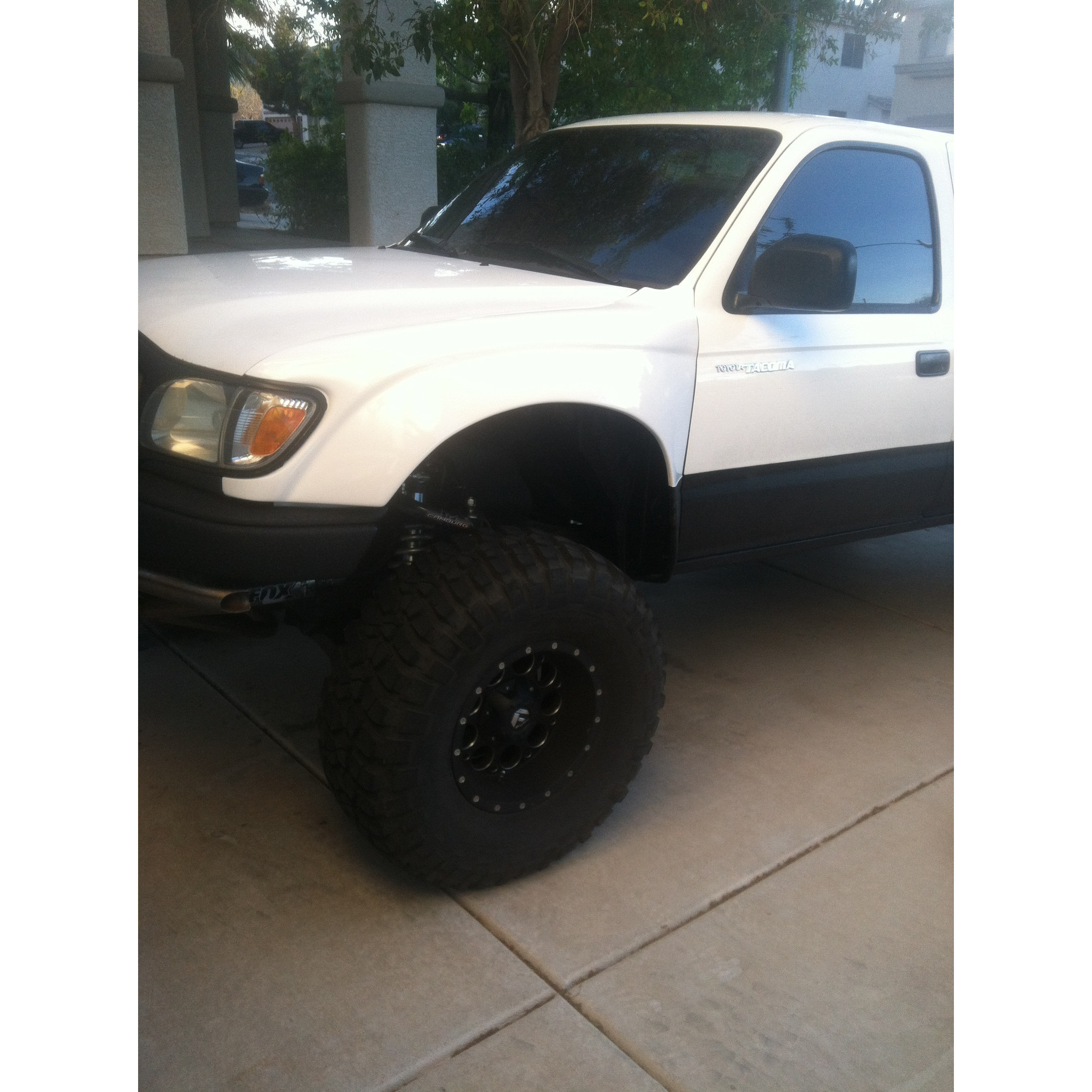 ADVANCED FIBERGLASS 1995-2004 TOYOTA TACOMA FENDERS