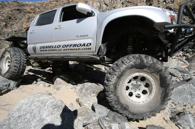 Demello Tacoma Hybrid Bolt On Sliders 2005-2015